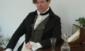 Ken Johnston as the Marquis de Lafayette